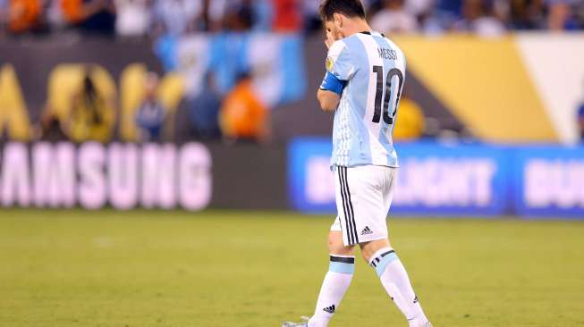 Ronaldo: Sungguh Menyakitkan Melihat Messi Menangis