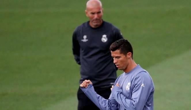 Pujian Unik Zidane untuk Ronaldo, Ramos, dan Benzema