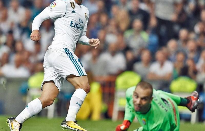 cetak-2-gol-real-madrid-ke-gawang-espanyol-zidane-isco-seperti-pesepakbola-jalanan-D6cTtoHxBd