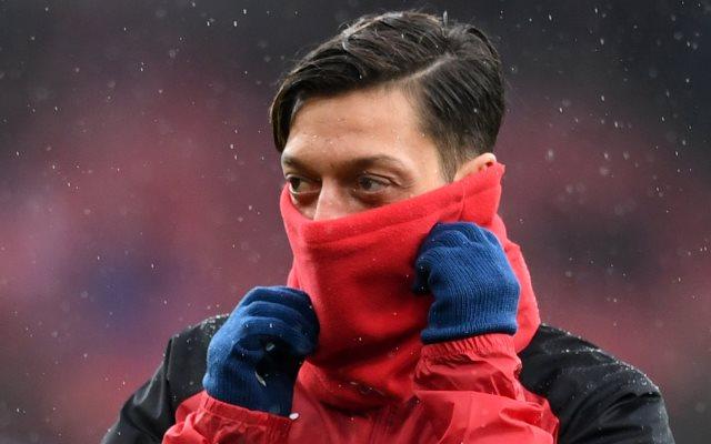 Bellerin: Saya memang Sudah Prediksi Ozil Bakal Bertahan di Arsenal