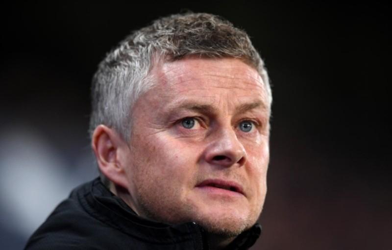 Man United masih Berburu Stiker Anyar