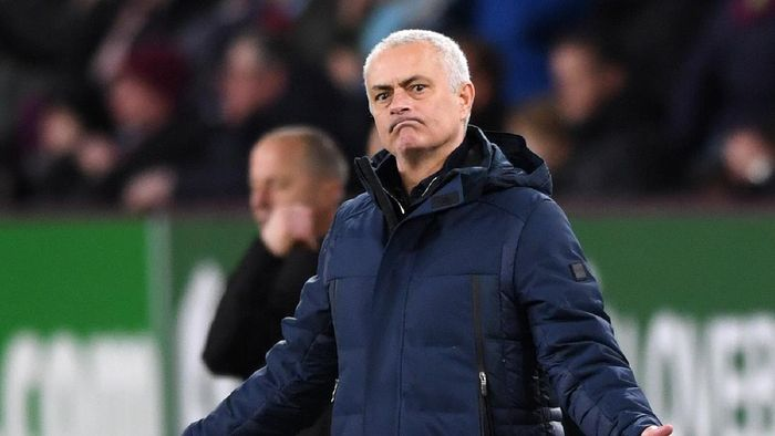 Mourinho Seandainya Liga Inggris Dua Pertandingan Lebih Banyak